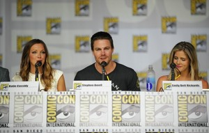 Stephen Amell and Emily Bett Rickards Comic-Con - Arrow Panel - July 20 2013