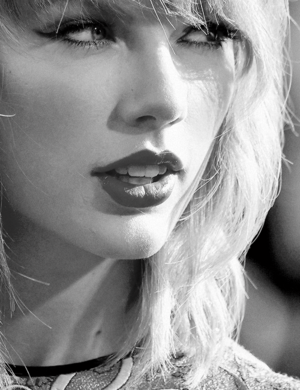 Taylor For anda