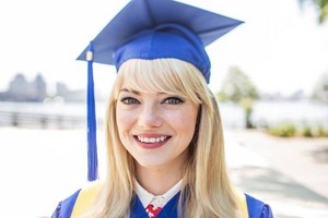 The Amazing Spider-Man 2 - Graduated Gwen Stacy