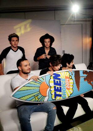 The boys excepting their award at the Teen Choice Awards 2014 !