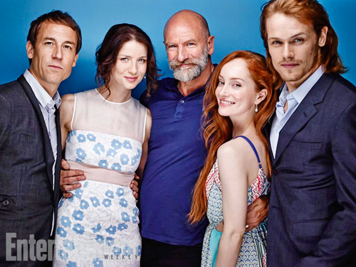 serial tv outlander 2014 wallpaper probably containing a business suit, a bridesmaid, and a dress suit called Tobias Menzies, Caitriona Balfe, Graham McTavish, Lotte Verbeek, Sam Heughan