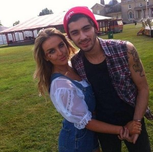 Unseen picture of Perrie & Zayn at her birthday funfair