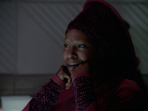 Whoopi Goldberg wallpaper with a pullover called Whoopi Goldberg
