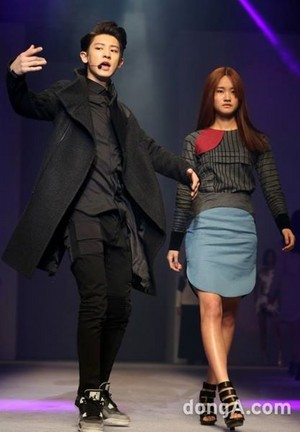 140321 Chanyeol at Seoul Fashion Week