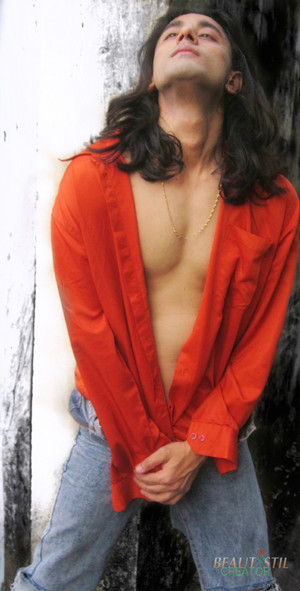 rajkumar patra bold shirtless half naked looks hot.