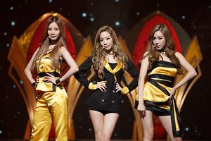 140918 TTS @ Mnet CD