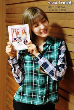 140919 Tiffany @ Sunny's FM تاریخ