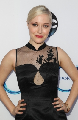 "Georgina Haig fondo de pantalla titled ABC's ""Once Upon A Time Season 4"" Red Carpet Premiere"