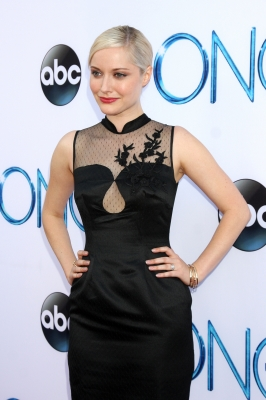 "Georgina Haig fond d'écran possibly containing a cocktail dress and a portrait called ABC's ""Once Upon A Time Season 4"" Red Carpet Premiere"