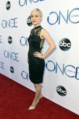 "Georgina Haig fond d'écran titled ABC's ""Once Upon A Time Season 4"" Red Carpet Premiere"
