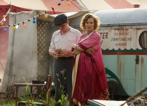 AHS Freak Show 4x02 picture