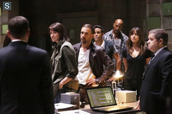 Agents of S.H.I.E.L.D. - Episode 2.01 - Shadows - Promo Pics