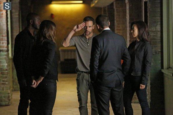 Agents of S.H.I.E.L.D. - Episode 2.02 - Heavy is the Head - Promo Pics