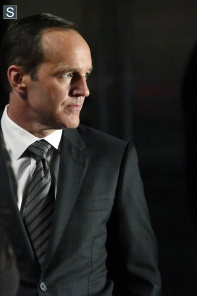 Agents of S.H.I.E.L.D. - Episode 2.03 - Making friends and Influencing People - Promo Pics