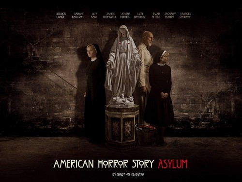 Aмериканская история ужасов Обои with a business suit and a well dressed person titled American Horror Story