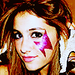 Ariana Grande✓