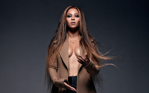 Beyonce wallpaper called Beyonce in new photoshoot