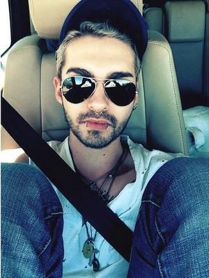 Bill car selfie