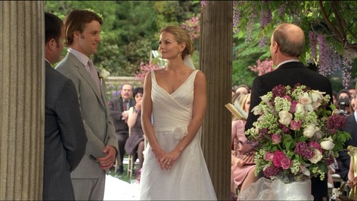 House M.D. kertas dinding containing a bridesmaid and a bouquet titled Cameron and chase wedding