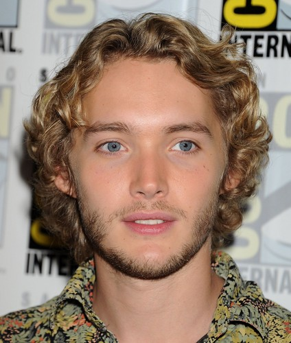 Toby Regbo wallpaper containing a portrait entitled Comic-Con - July 23rd