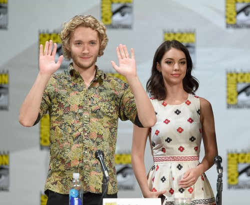 Toby Regbo hình nền entitled Comic-Con - July 23rd