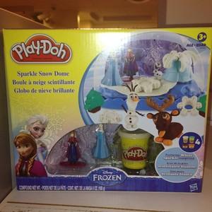फ्रोज़न play-doh sparkle snow dome playset
