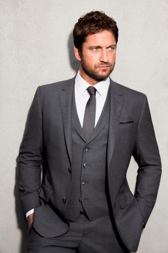 Gerard Butler wallpaper containing a business suit, a suit, and a double breasted suit called Gerard Butler for Boss Botled