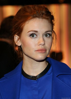 Holland attends the ICB mostrar at New York Fashion Week