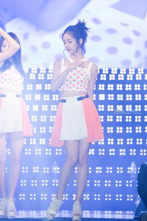 Hyeri - Gyeongbuk trường đại học Festival