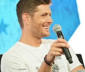 Jensen Ackles ☆