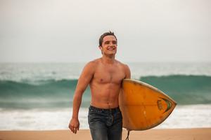 Josh Hutcherson in Escobar: Paradise lost
