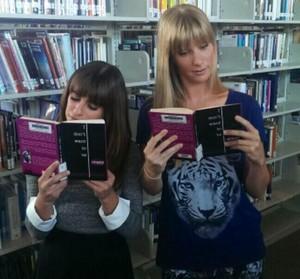Lea and Heather ग्ली set