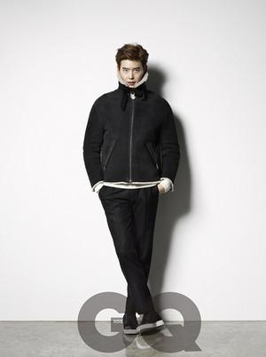 Lee Jong Seok For GQ Korea's October 2014 Issue
