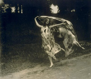 Loie Fuller (January 15, 1862 – January 1, 1928)