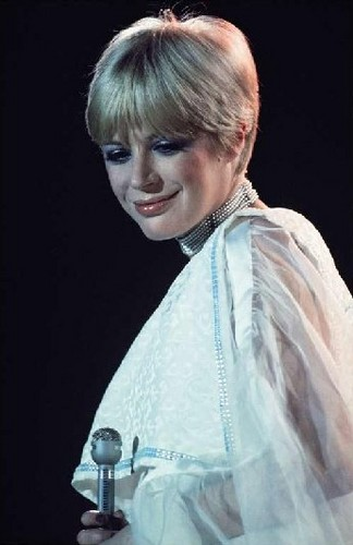 Marianne faithfull images marianne faithfull 1973 the for 1980 floor show