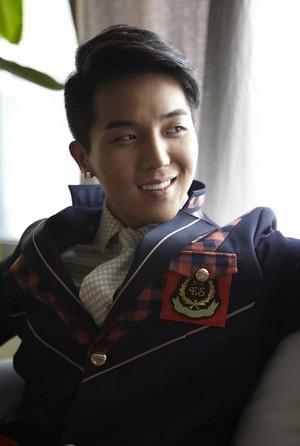 Minho hot~elite`school uniform`☜❤☞
