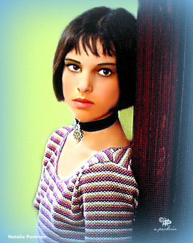 natalie portman wallpaper probably with a pullover and a portrait called Natalie Portman / Mathilda