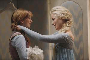 Once Upon a Time - Episode 4.01 - A Tale Of Two Sisters
