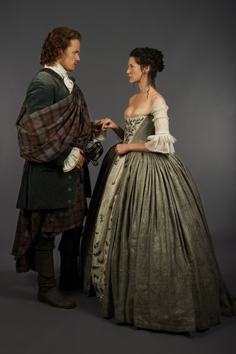 Outlander 2014 TV Series karatasi la kupamba ukuta probably with a hoopskirt titled Outlander - 1x07 - The Wedding