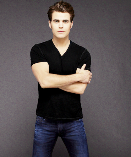 Paul Wesley wallpaper possibly containing a pantleg, bellbottom trousers, and long trousers entitled Paul Wesley