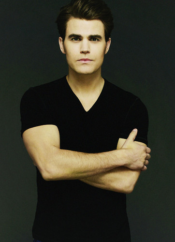 Paul Wesley hình nền entitled Paul Wesley