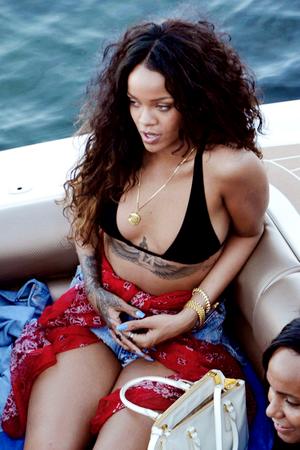 Rihanna fan Art