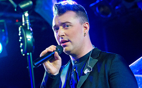 Sam Smith wallpaper containing a concerto and a guitarist entitled SamSmith:)
