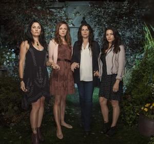 Season 1 - Promotional hình ảnh