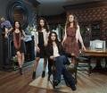 Season 1 - Promotional Bilder