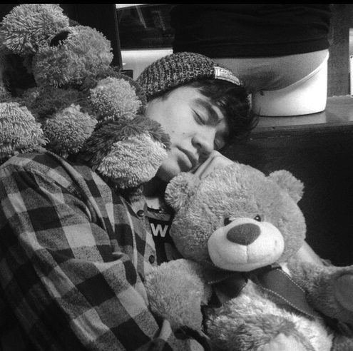 sleeping beauty 5 seconds of summer photo 37547329