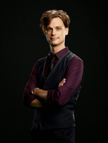 Criminal Minds wallpaper containing a well dressed person, an outerwear, and a leisure wear titled Spencer Reid