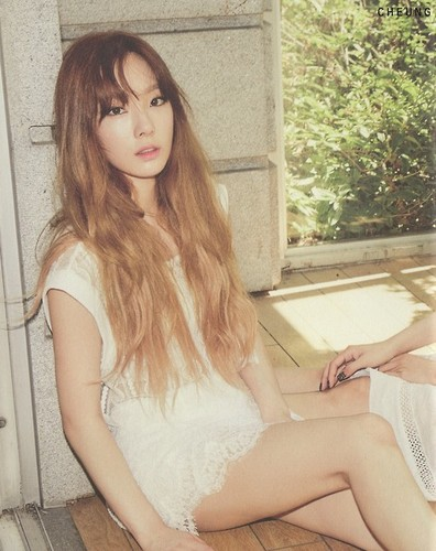 Kim Taeyeon karatasi la kupamba ukuta possibly with a chemise and a portrait called TTS 'Holler' Album Photobook Scans (Taeyeon)