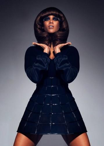 Tyra Banks wallpaper called Tyra / BLACK MAGAZINE