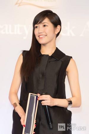 Watanabe Mayu The Beauty Week Award 2014